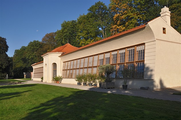 Břevnovský klášter se 30 let opravuje. Barokní oranžerie je opět krásná