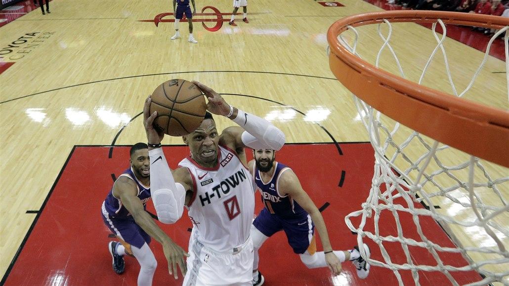 Harden s Westbrookem řídili výhru Houstonu. Dončič dorovnal Jordana