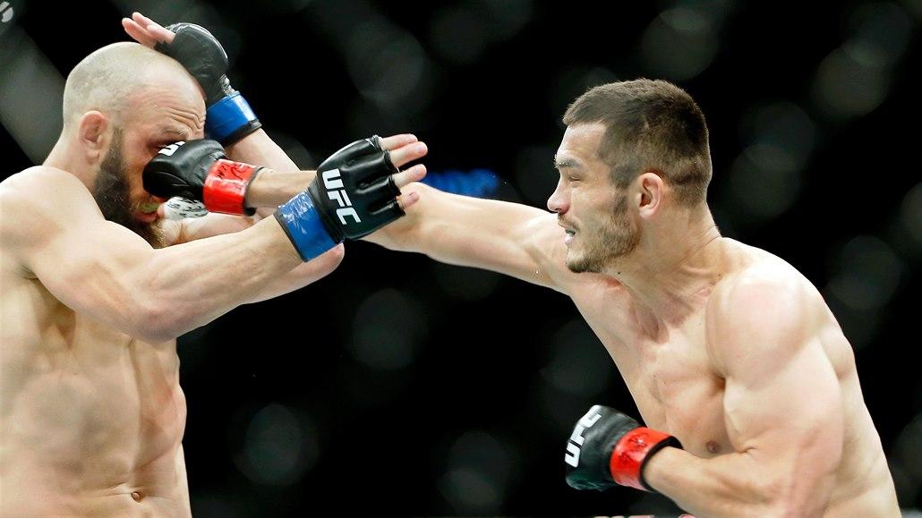 Muradov knokautoval Američana a poprosil UFC: Příště mi dejte víc času