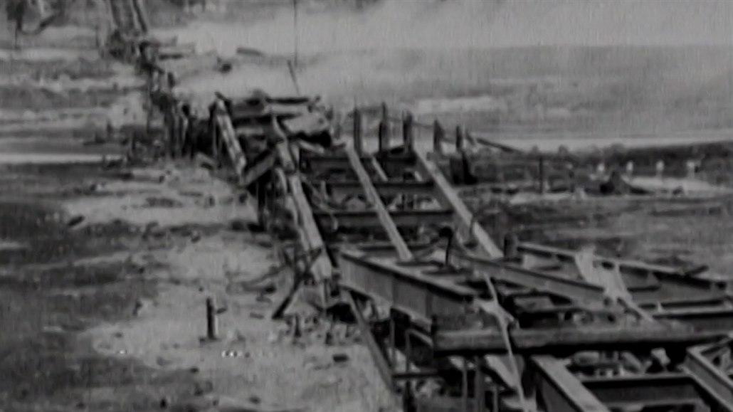 Západní hranici bolševického Ruska stanovila Dohoda před stoletím