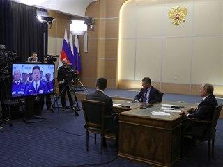 Prezidenti Ruska a Číny Vladimir Putin (na snímku vpravo) a Si Ťin-pching v...