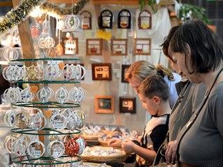 Na tradiční řemeslnickém jarmarku se usadilo 35 řemeslníků ze všech koutů...