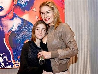 Olga Menzelová s dcerou Annou (Praha, 25. listopadu 2019)