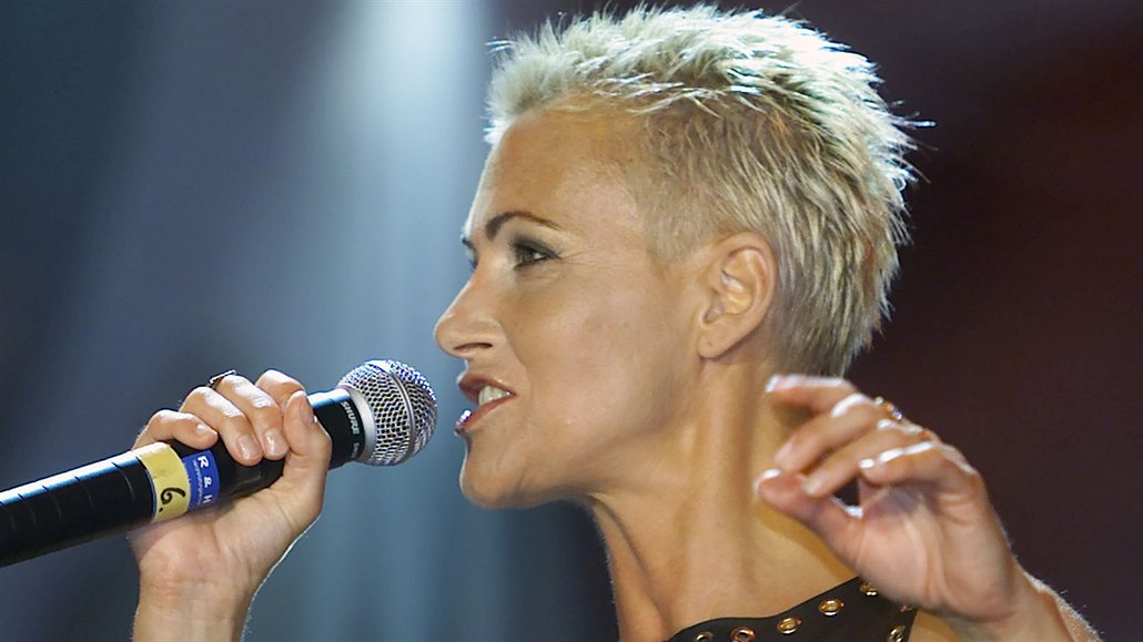 Ve věku 61 let zemřela zpěvačka Roxette Marie Fredrikssonová