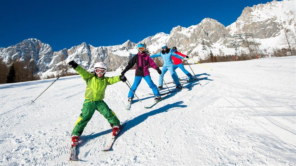 Ideální lyžovačka v Rakousku pro celou rodinu. Víme, kde ji hledat