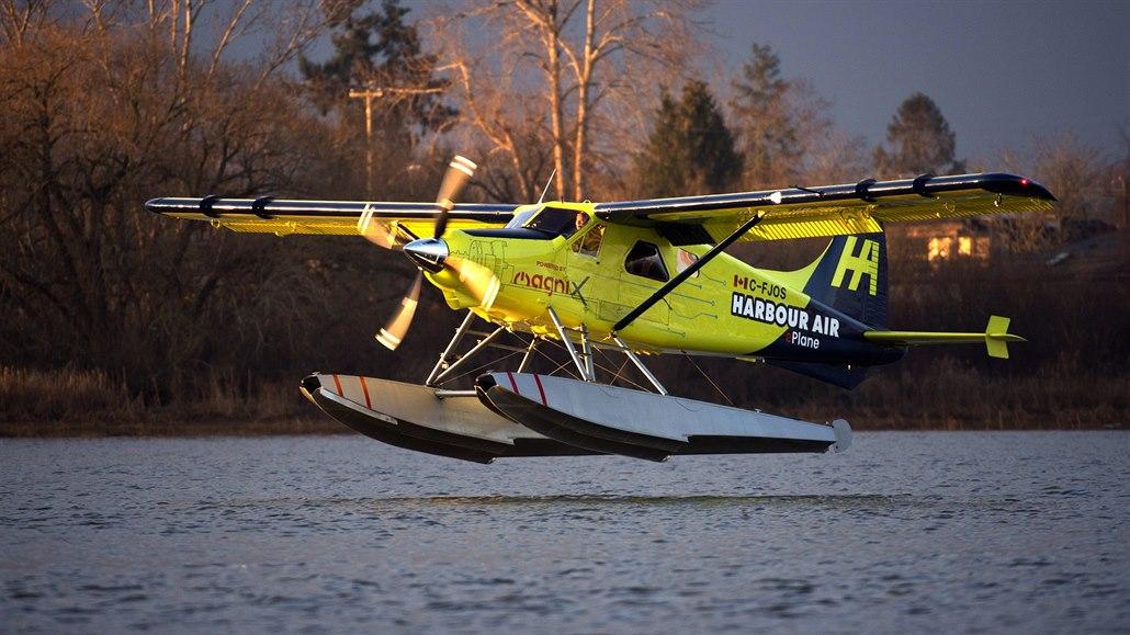 V Kanadě vzlétlo první plně elektrické letadlo, testovací let trval 15 minut