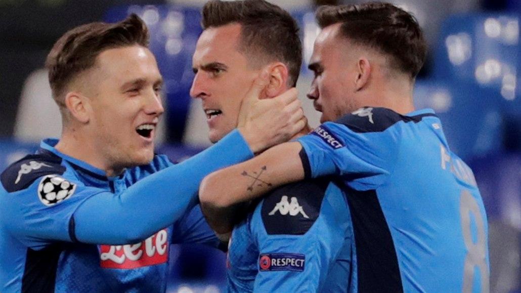 Liverpool i Neapol míří do osmifinále, pak hraje Inter s Barcelonou