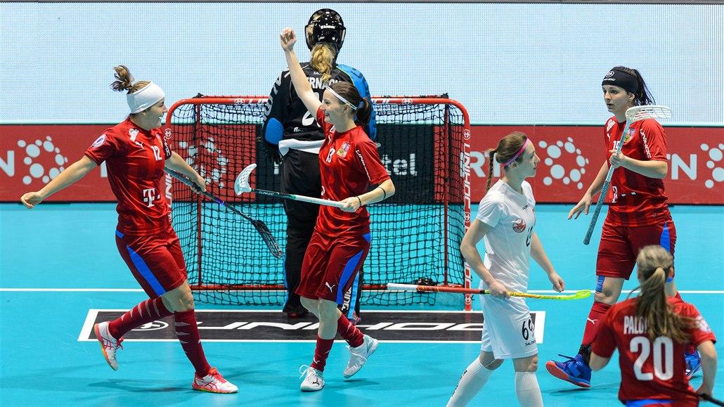 České florbalistky rozstřílely Polsko, o finále vyzvou domácí Švýcarky