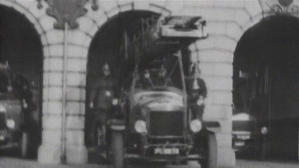 Dobrovolní hasiči začali Čechoslováky chránit před 100 lety