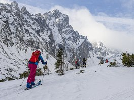 Skialpinismus v okolí Slavkovského a Lomnického štítu