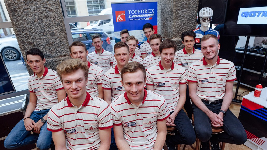 Český tým Topforex-Lapierre povýšil mezi profesionálními stájemi cyklistů
