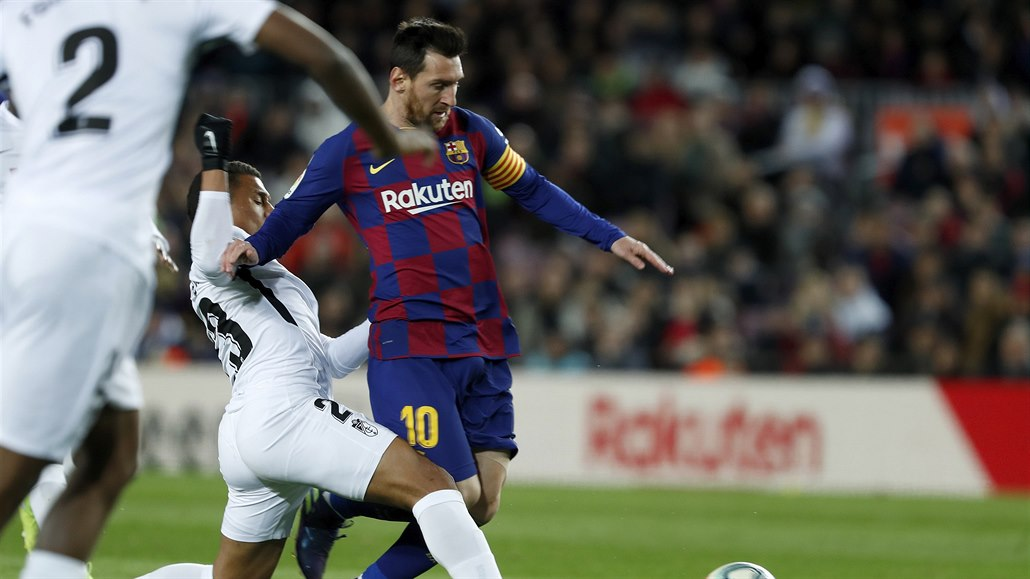 Vítěznou barcelonskou premiéru trenéra Setiéna zařídil gól Messiho