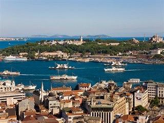 Bosporský průplav už podle tureckého prezidenta lodím nestačí, a tak je třeba v...