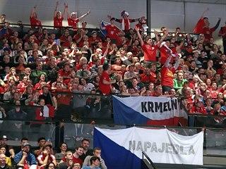 Čeští fanoušci ve Vídni během mistrovství Evropy házenkářů.