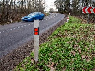 Právě tady - na staré silnici z Hradce do Vysoké - je v plánu stavba okružní...