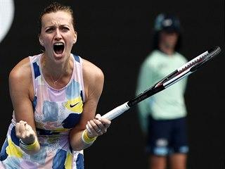 Petra Kvitová se raduje z postupu do čtvrtfinále Australian Open.