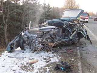V Prostřední Bečvě na Vsetínsku zemřel při střetu s kamionem třiadvacetiletý...