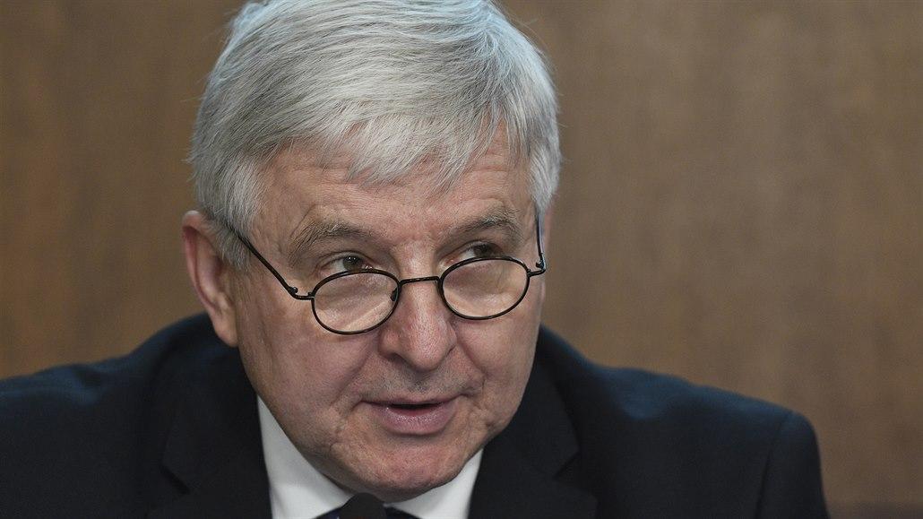 ČNB znovu snížila úrokové sazby, očekává silnou recesi