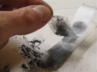 Grafen se v roce 2004 poprvé podařilo objevit díky lepicí pásce.