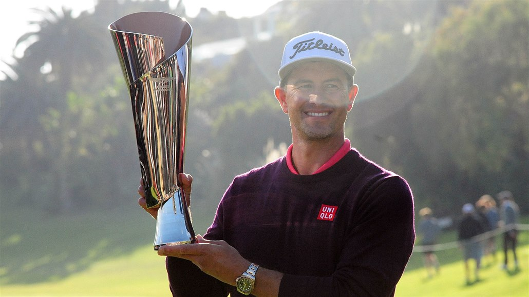 Scott vyhrál turnaj v Pacific Palisades, hostitel Woods se propadl na dno