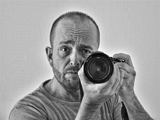 Zaměstnanec litvínovské chemičky Bohuslav Rybín vyrazí do práce čas od času...