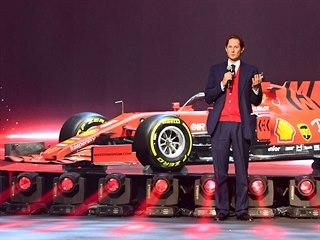 John Elkann představil za Ferrari monopost SF1000. Slavnost se odehrála v...