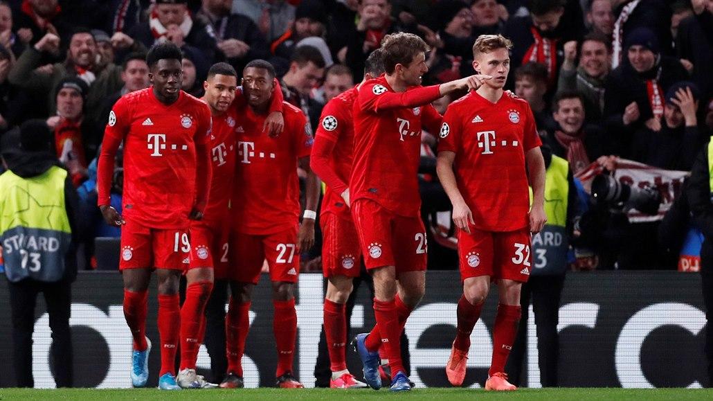 Bayern vyhrál na Chelsea o tři góly, Barcelona remizovala v Neapoli