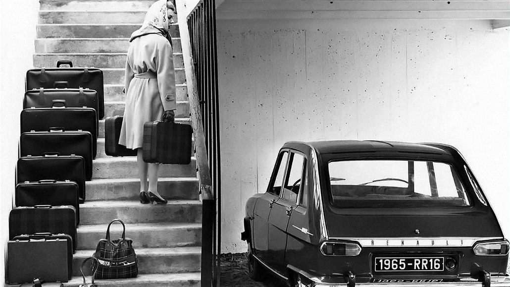 Autofotka týdne: Revoluční rodinný Renault 16 znalo i Československo