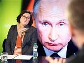 Expertka na Rusko Veronika Sušová-Salminen v diskusním pořadu Rozstřel (27....