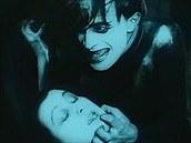 Kabinet Dr. Caligariho byl temný horor plný deformací, světel a stínů