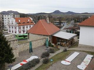 Podnikatel Josef Klesal má na 50 let pronajaté dvě středověké bašty, v nichž...