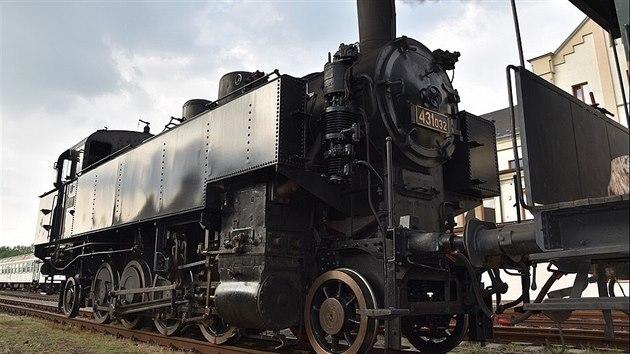 V Česku méně známá parní lokomotiva 431.032 bude o prázdninách ozdobou...