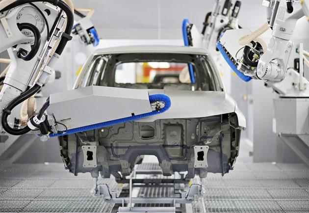 V německém autoprůmyslu hrozí rozsáhlé propouštění, Česko to pocítí také