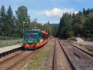 Motorová jednotka řady 654 Regiosprinter společnosti GWTR ve stanici Lenora