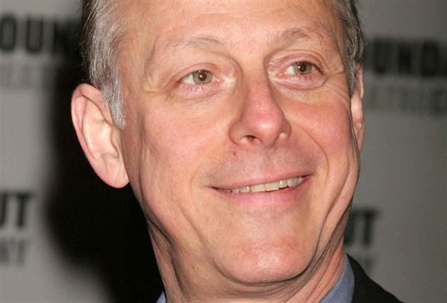 Na komplikace s COVID-19 zemřel Mark Blum, herec z Krokodýla Dundee