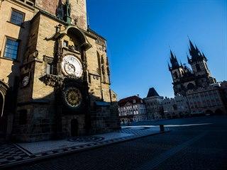 Prázdné Staroměstské náměstí v Praze. (25. března 2020)