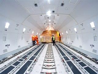BOEING 747 JUMBO: ikonický čtyřmotorový stroj s hrbem vznikl před víc jak...
