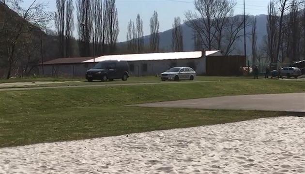 U Labe ve Valtířově na Ústecku policisté našli mrtvolu neznámého muže
