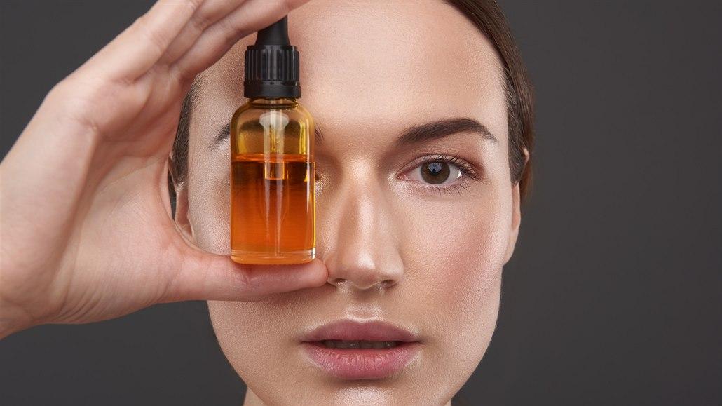 Elixír krásy odtajněn. Naučte se používat kosmetické oleje