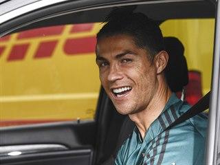 Cristiano Ronaldo absolvoval první trénink s fotbalisty Juventusu po dlouhé...
