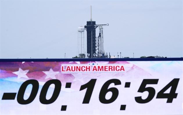 Nová předpověď dává větší šanci sobotnímu letu SpaceX s posádkou do vesmíru