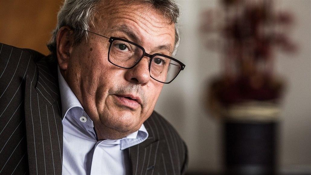 Šéf Hospodářské komory: Pomoc malým firmám nestačí, bude se propouštět