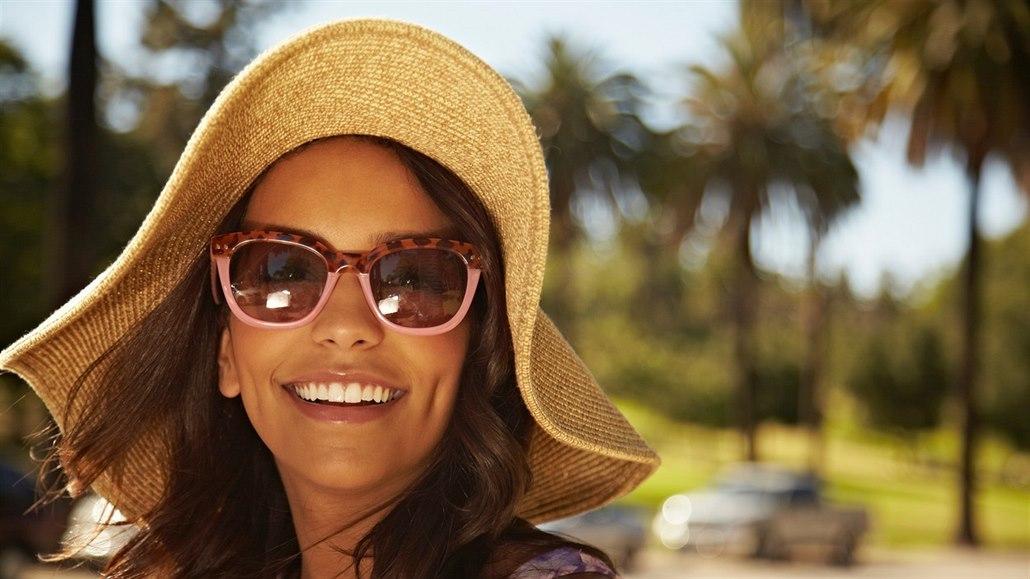 Letní manuál krásy: Jak se bezpečně opalovat nebo zbavit chloupků
