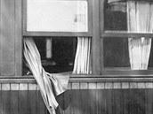 Že ve vlaku chybí prezident si všimli až ráno. Přes noc vypadl z okna