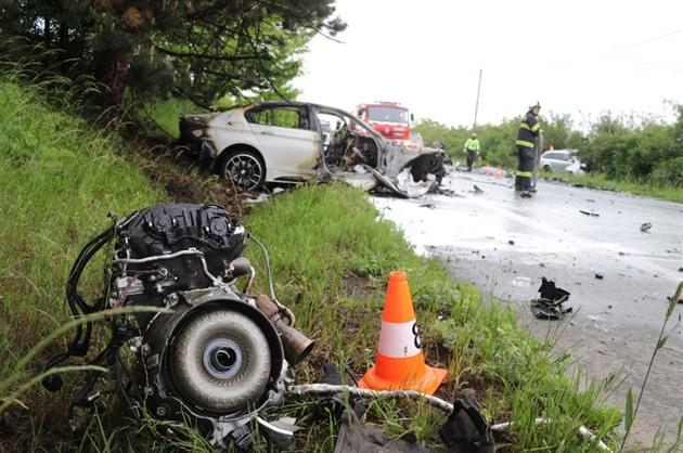 Byli jako světlo a stín, líčí známí dva řidiče z nehody se třemi mrtvými