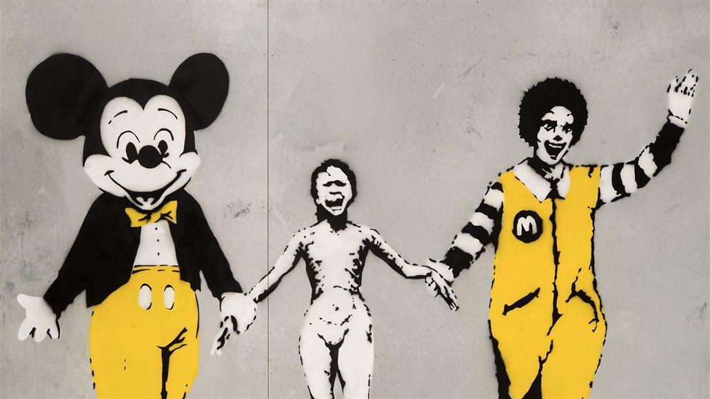 Banksy oživuje pouliční atmosféru uvnitř galerie Mánes
