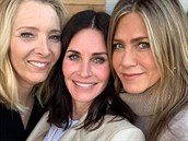 Lisa Kudrow, Courteney Cox a Jennifer Aniston (2019)