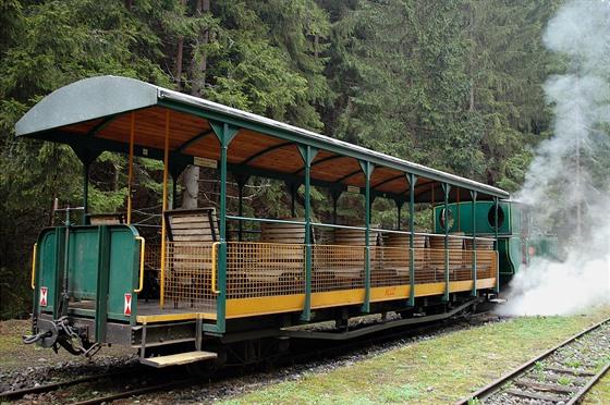 Replika starých otevřených vagonů