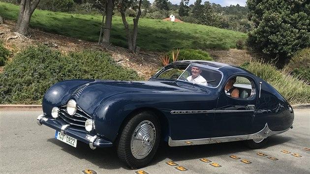Talbot Lago T26GS otce a syna Kudelových z Chropyně posbíral už několik titulů na světových soutěžích elegance. Fotografie jsou z přehlídky v Kalifornii, kde byl třetí.