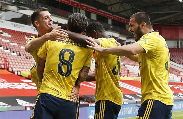 ONLINE: Arsenal hraje s Norwichem, pak nastoupí Souček proti Chelsea